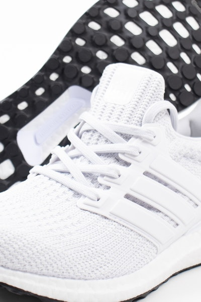 Placeholder for Adidas ultraboost 4 0 DNA FY9120 3