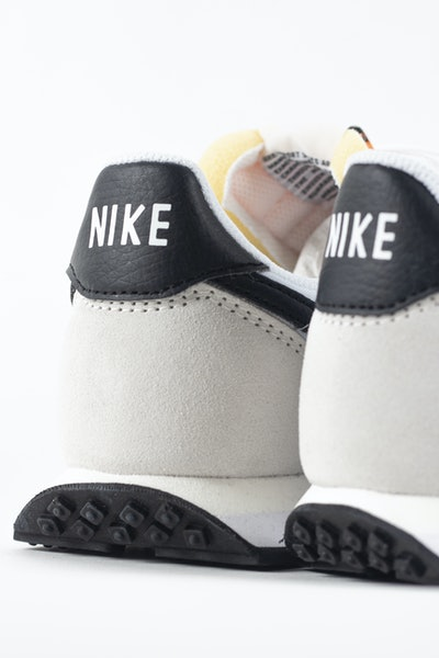 Placeholder for Nike waffle trainer 2 DH1349 100 4