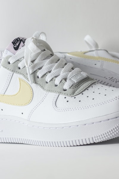 Placeholder for Nike wmns air force 1 07 dn4930 100 2